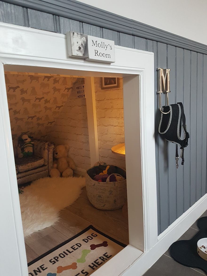 Dog Room Under The Stairs Bulldog Lover